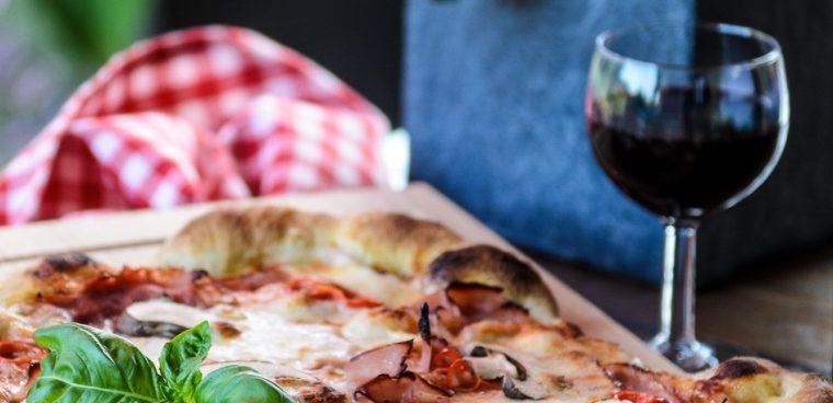 """""""Pizza und Wein"""" im Toskanagarten"""